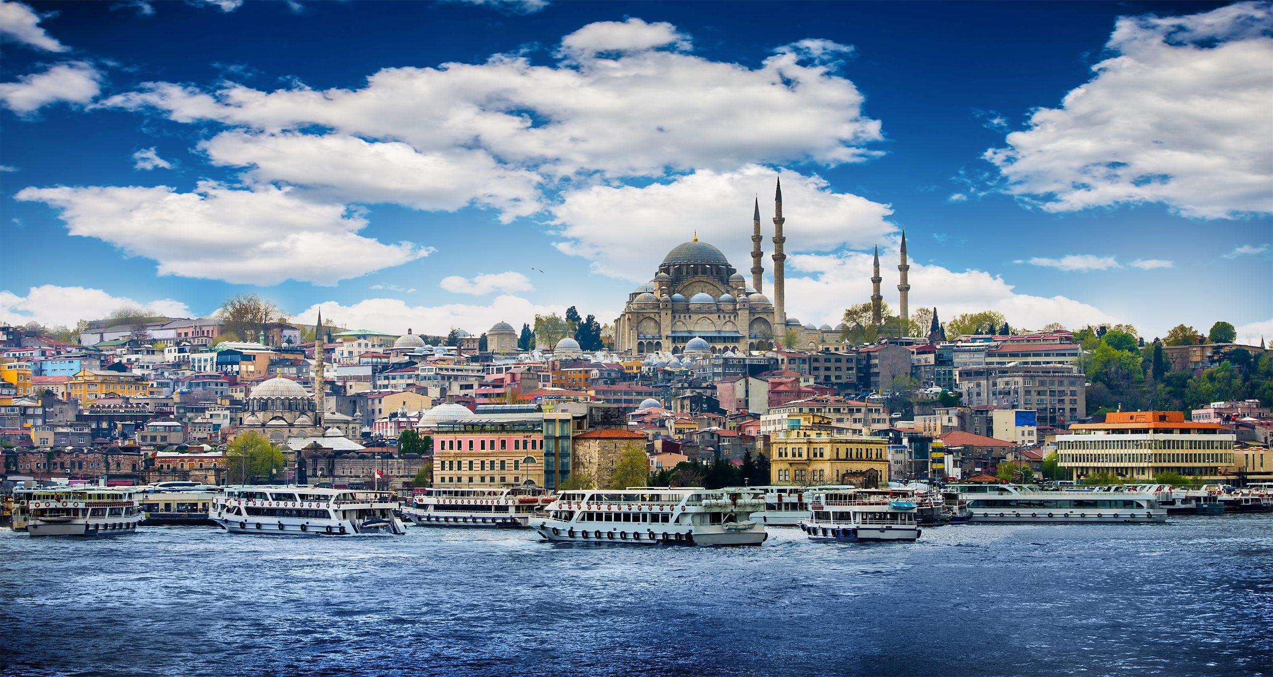 Стамбул : в каком море можно искупаться туристам