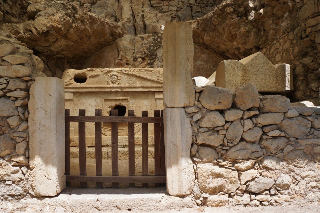Фото гробницы Олимпоса