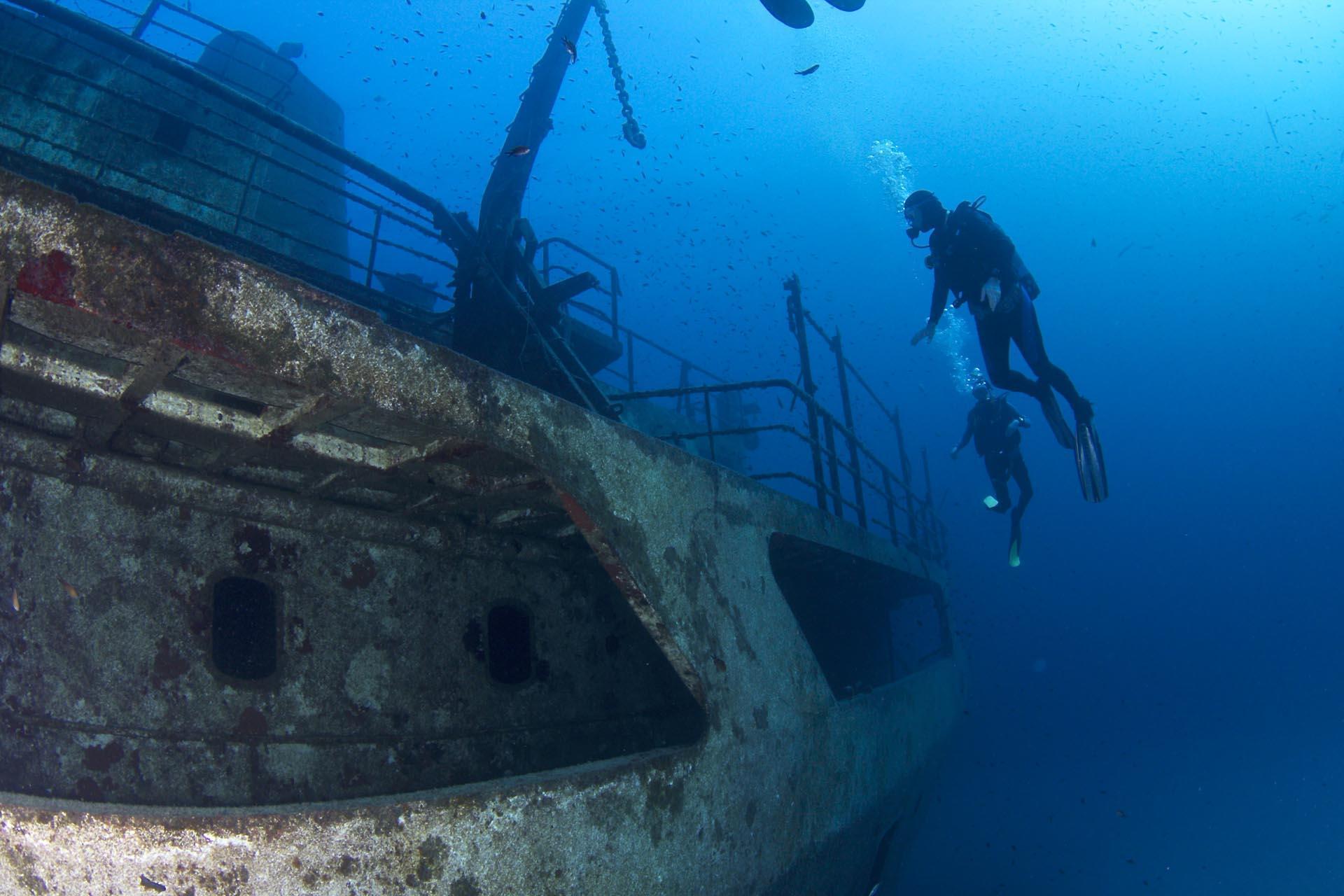 Фото затонувшего корабля
