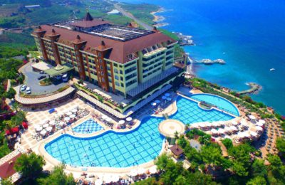 Фото Utopia World Hotel 5*