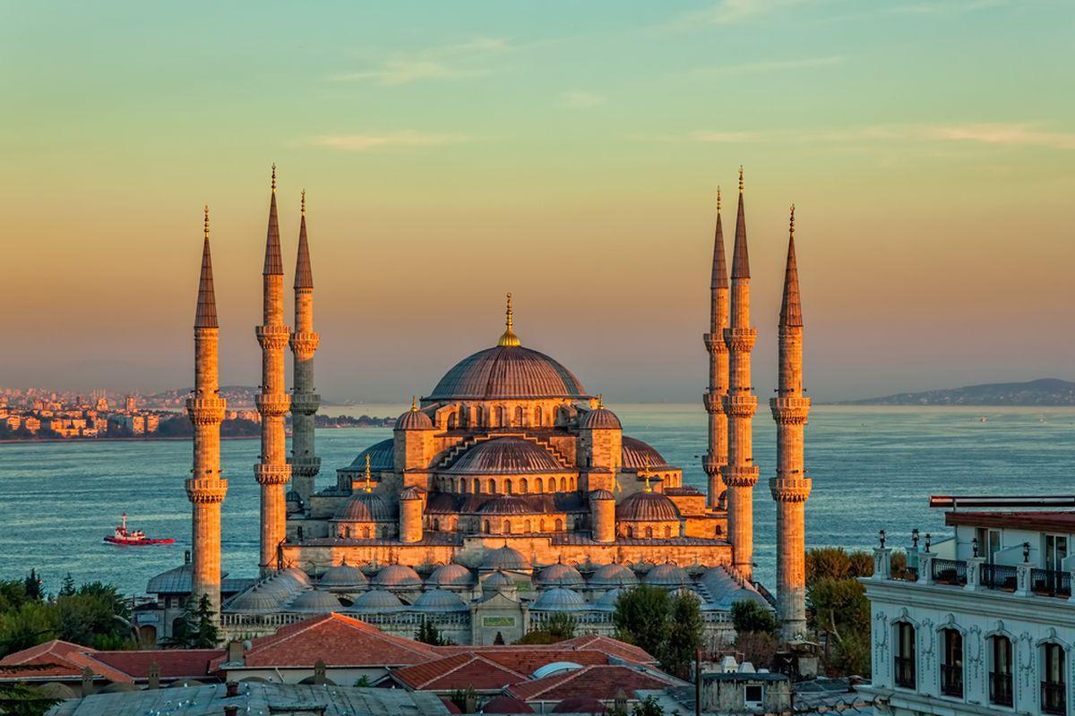 Фото голубой мечети