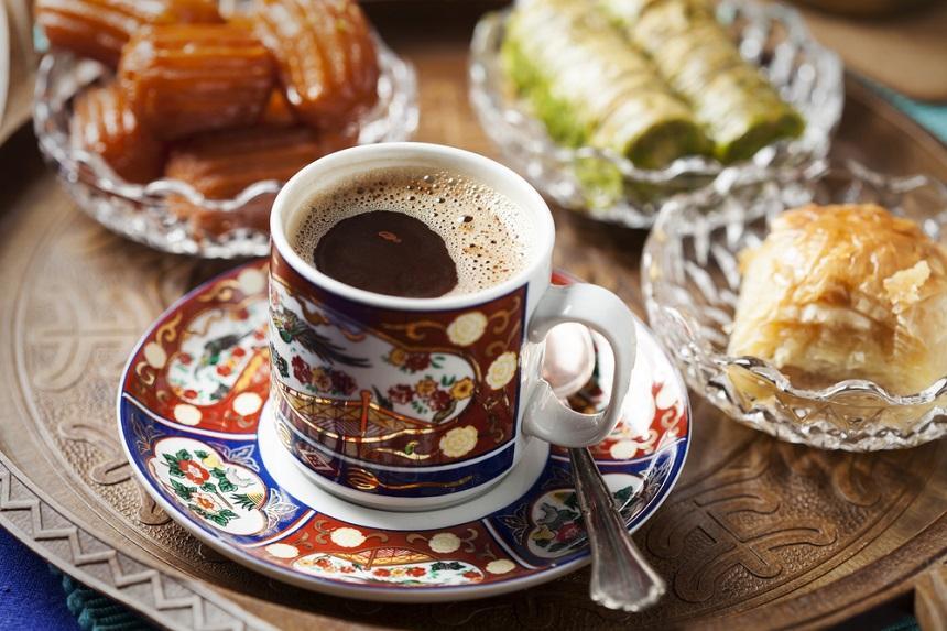 Попробовать турецкий кофе в Турции