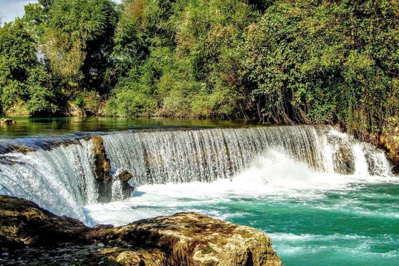 На фото водопад Манавгат