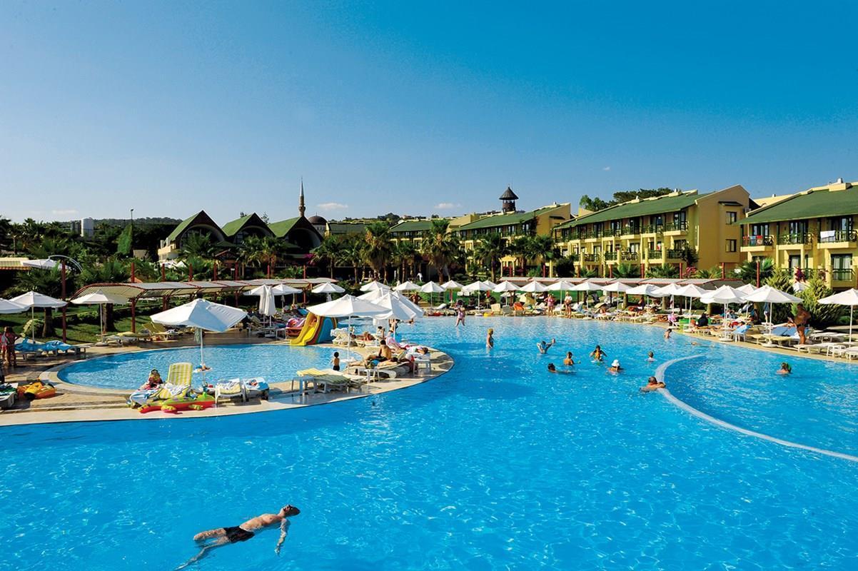 Общая информация об отеле Oz Hotels Incekum Beach Resort 5*