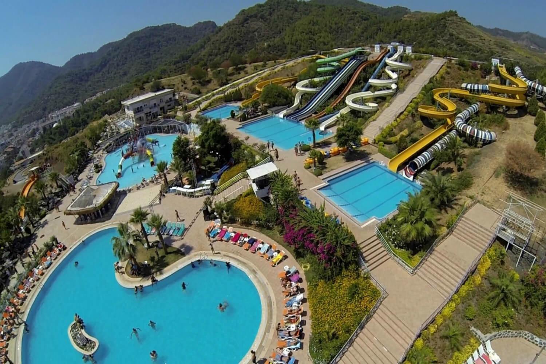 На фото аквапарк Aqua Dream Water Park