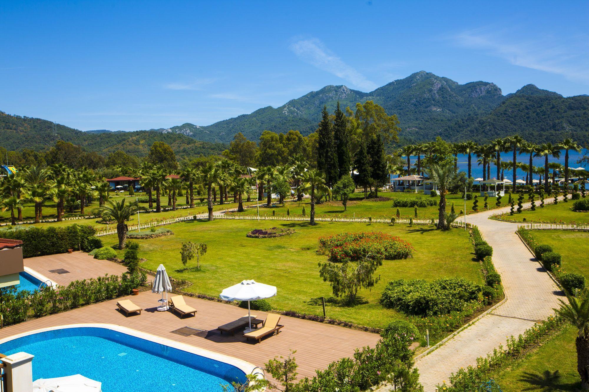 На фото Marmaris Resort 5*