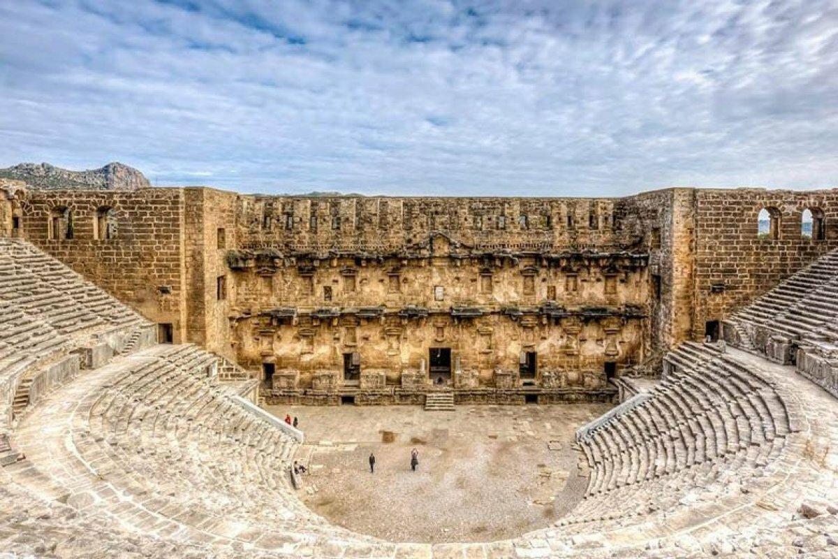 Фото античного города Аспендос