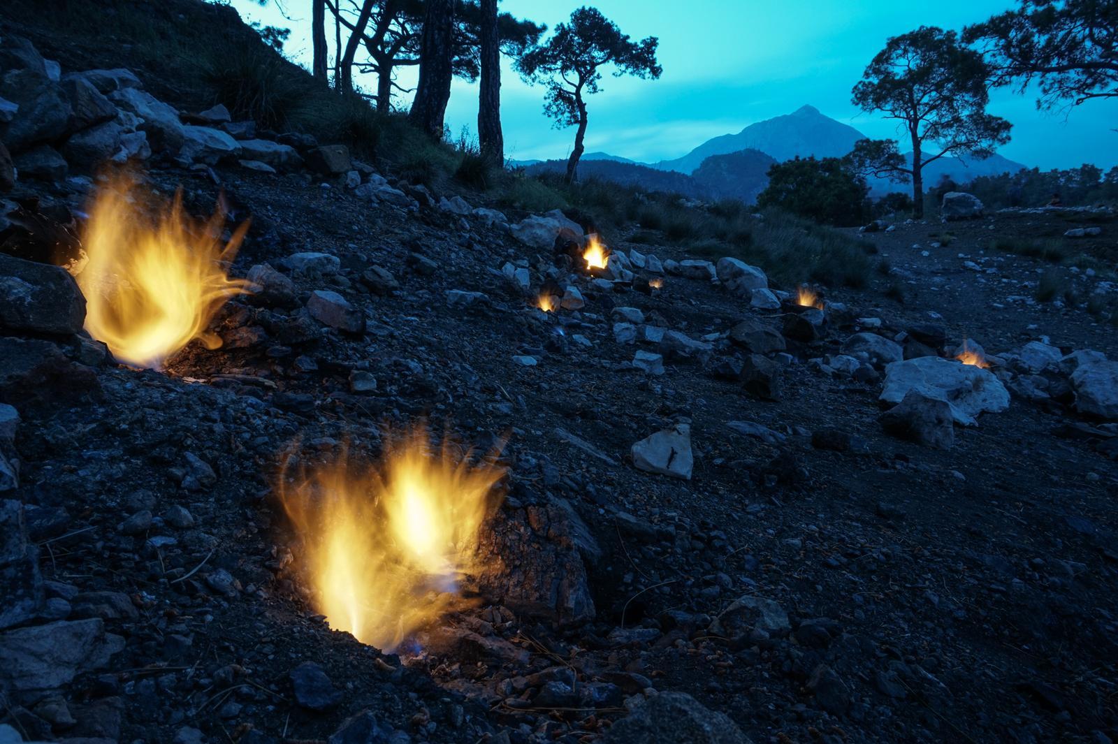 Фото огненной горы в Кемере