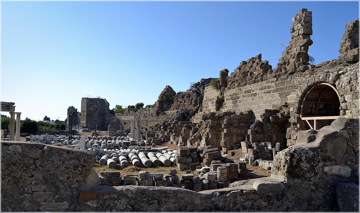 Фото древнего города Сиде