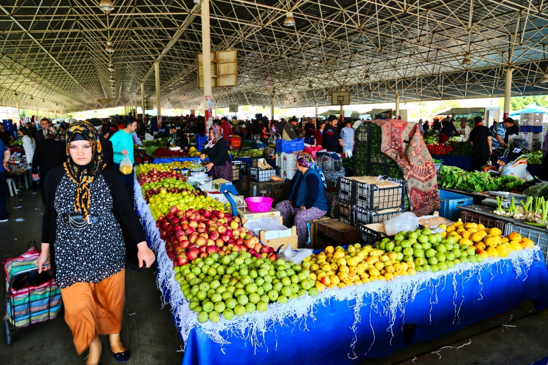 Фото рынка в Анталии