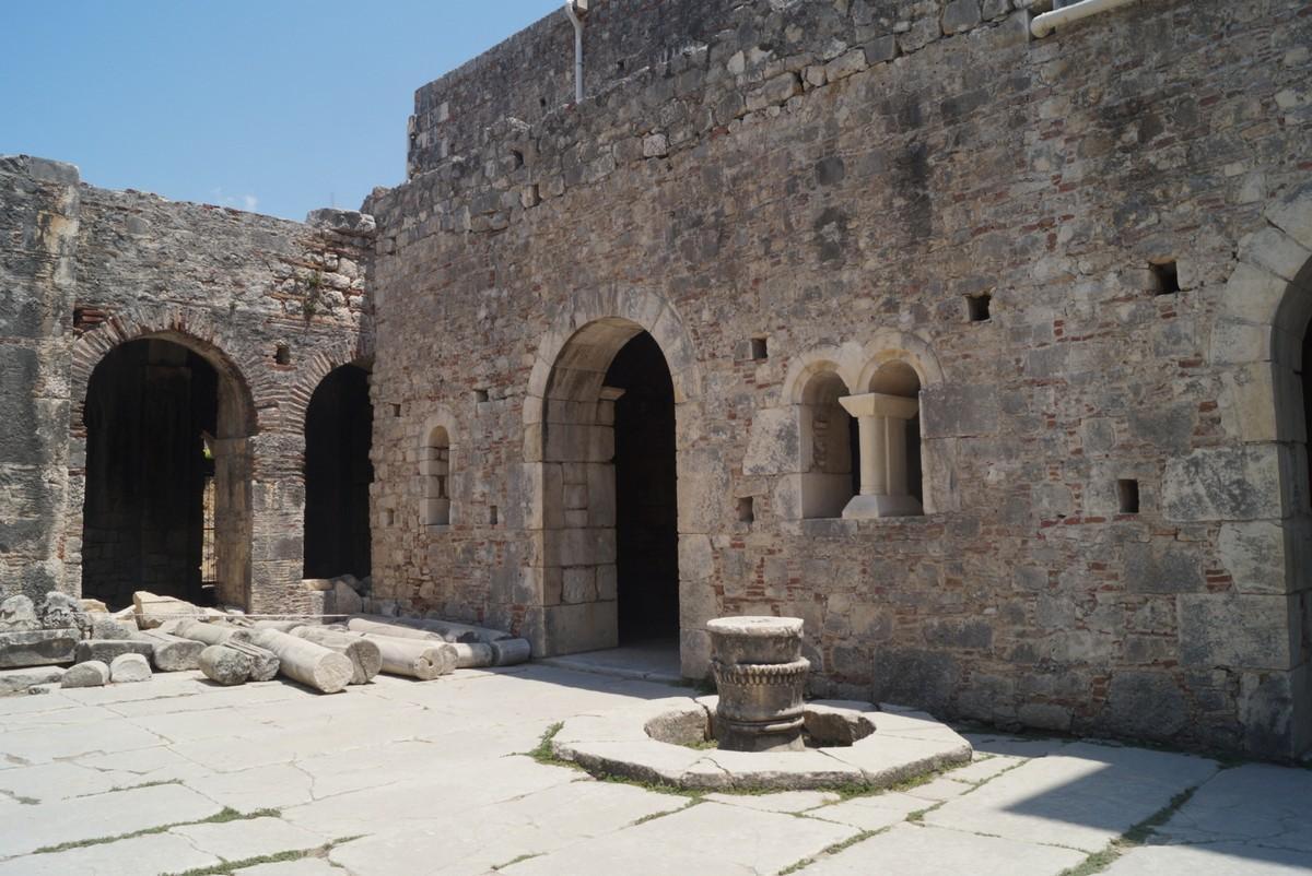 Город Демре в Турции, церковь Святого Николая