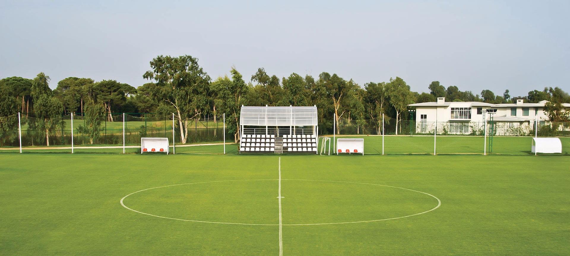 Отель Корнелия Белек для футбола