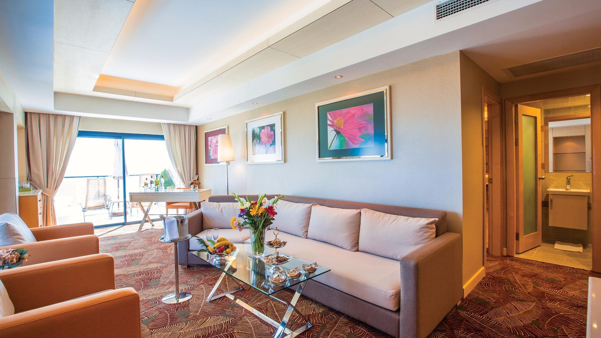 cornelia de luxe resort De Luxe Suites