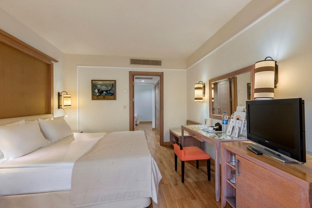 Фото номера в Alva Donna Beach Resort Comfort