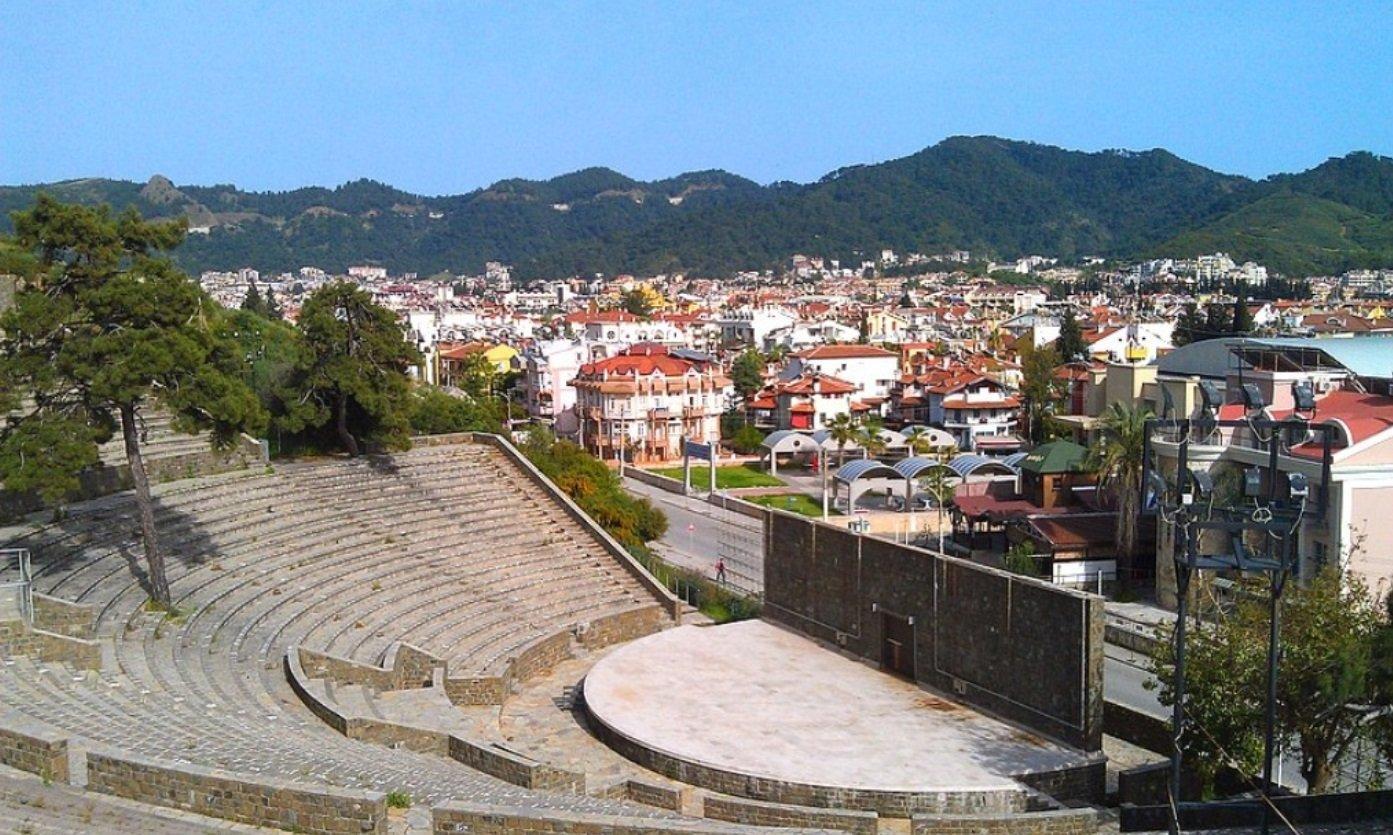 Фото античного амфитеатра