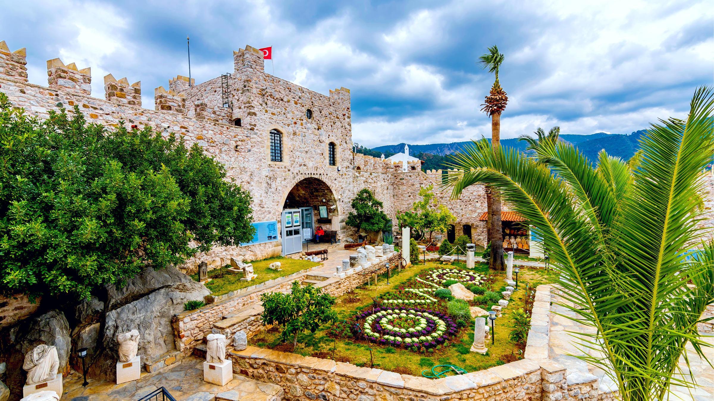 Фото крепости в Мармарисе