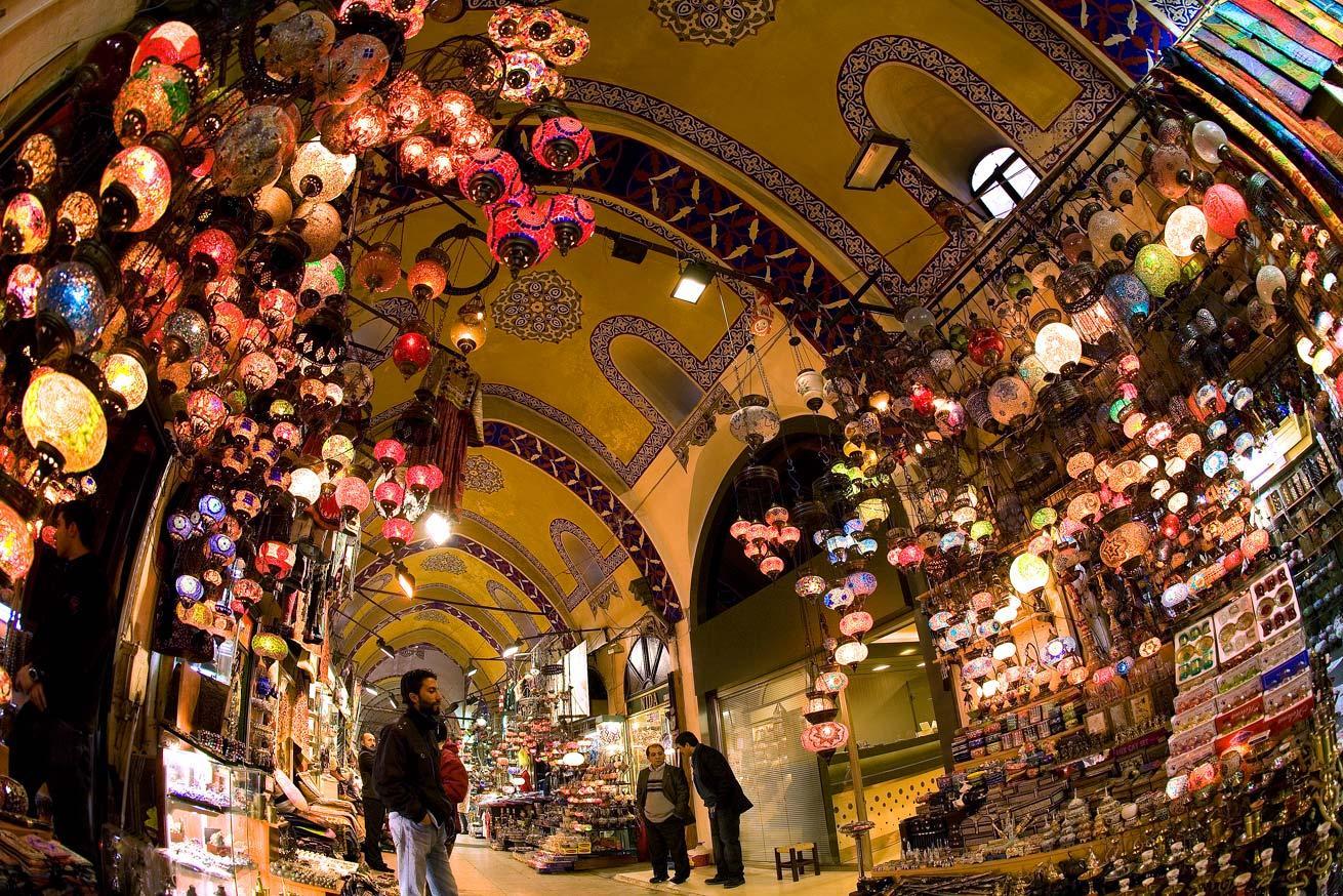 Гранд Базар в Стамбуле продолжает творить историю