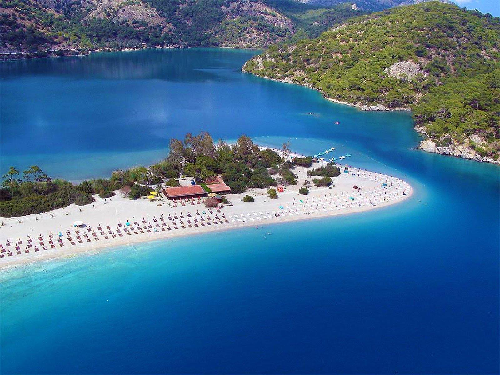 Пляжи Бодрума вновь в центре скандала Resort Turkey